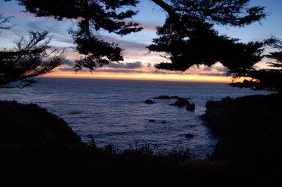 garrapata_sunset.jpg