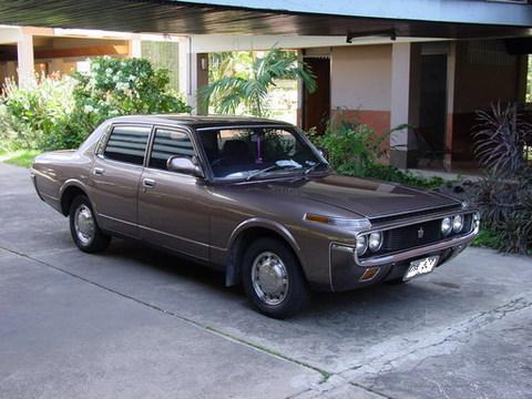 retro_car.jpg