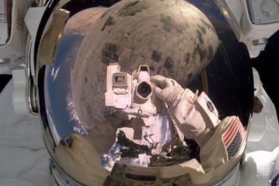 astronaut-selfportrait.jpg