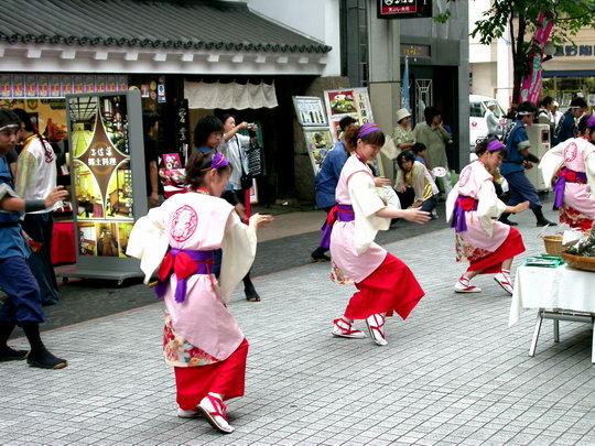 kochi_dance2.jpg